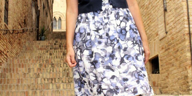 montecassiano e vestito di lino